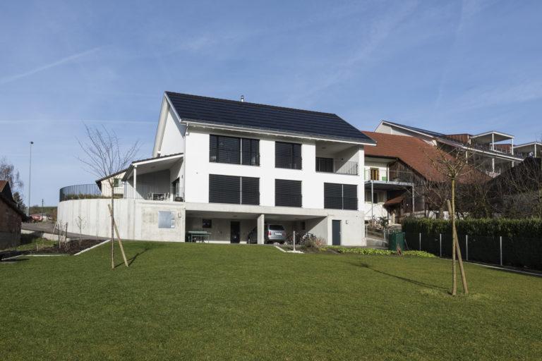 Neubau Wohnhaus, Talrain, Oeschgen